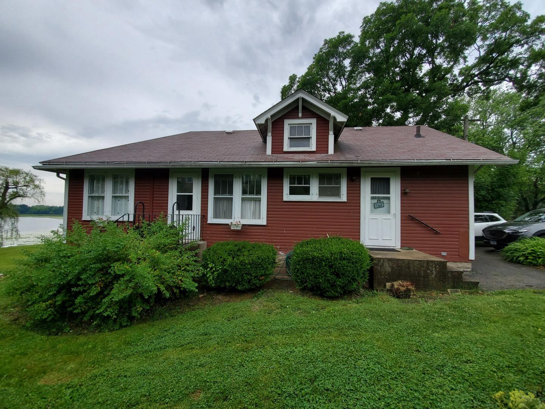 22623 W Silver Lake Avenue, Antioch IL 60002