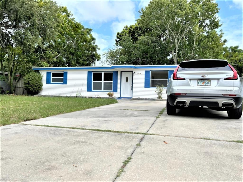 8036 ROSE TER, Seminole FL 33777