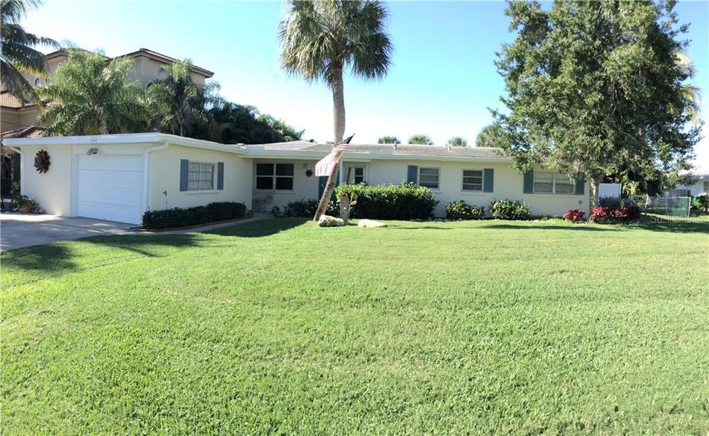 8648 DUNMORE DR, Sarasota FL 34231