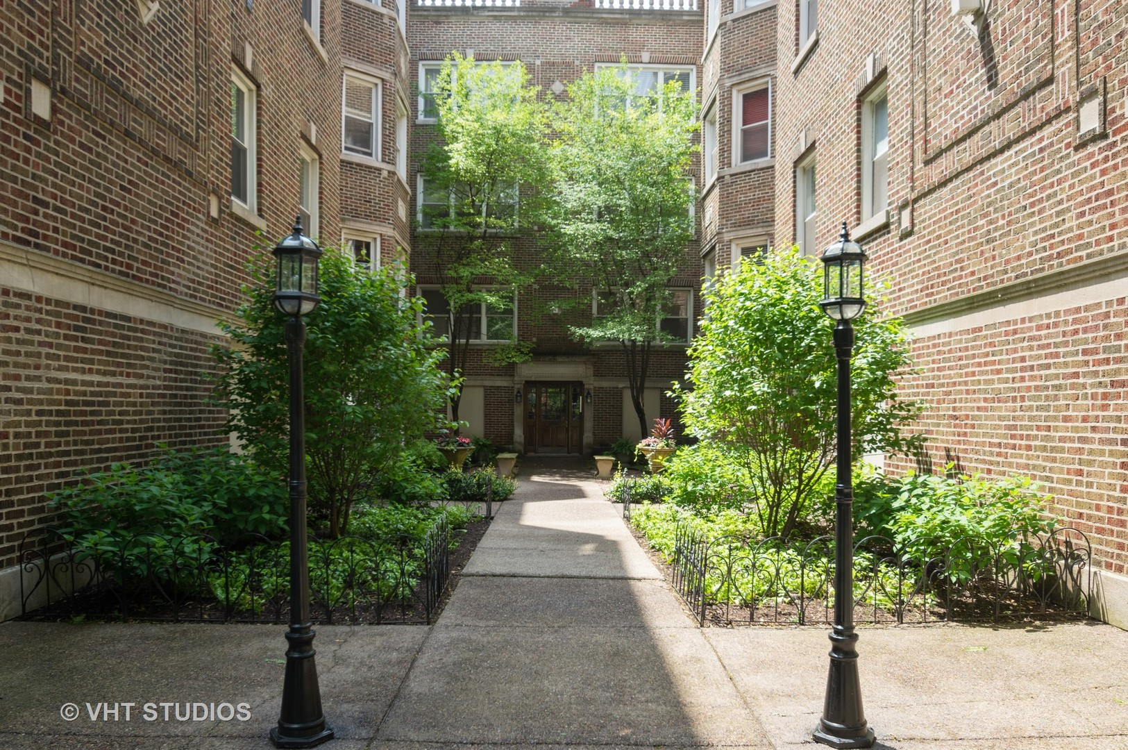 1045 W Glenlake Avenue Unit 3, Chicago IL 60660