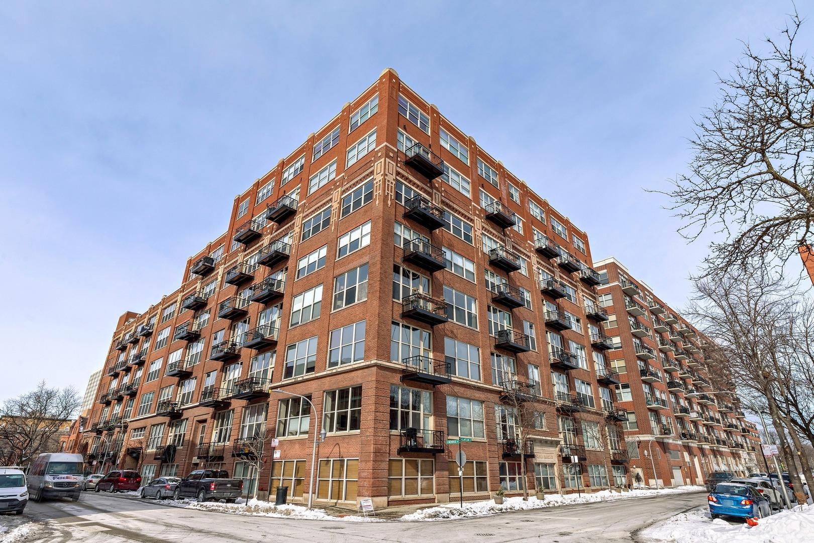 1500 W Monroe Street Unit 401, Chicago IL 60607