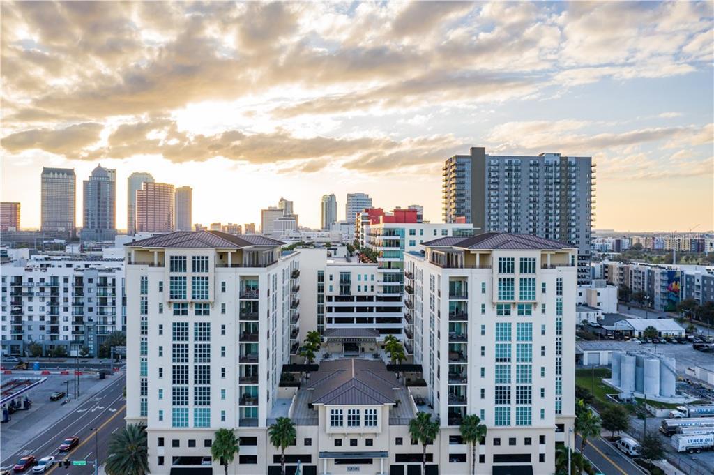 1238 E KENNEDY BLVD #1005, Tampa FL 33602