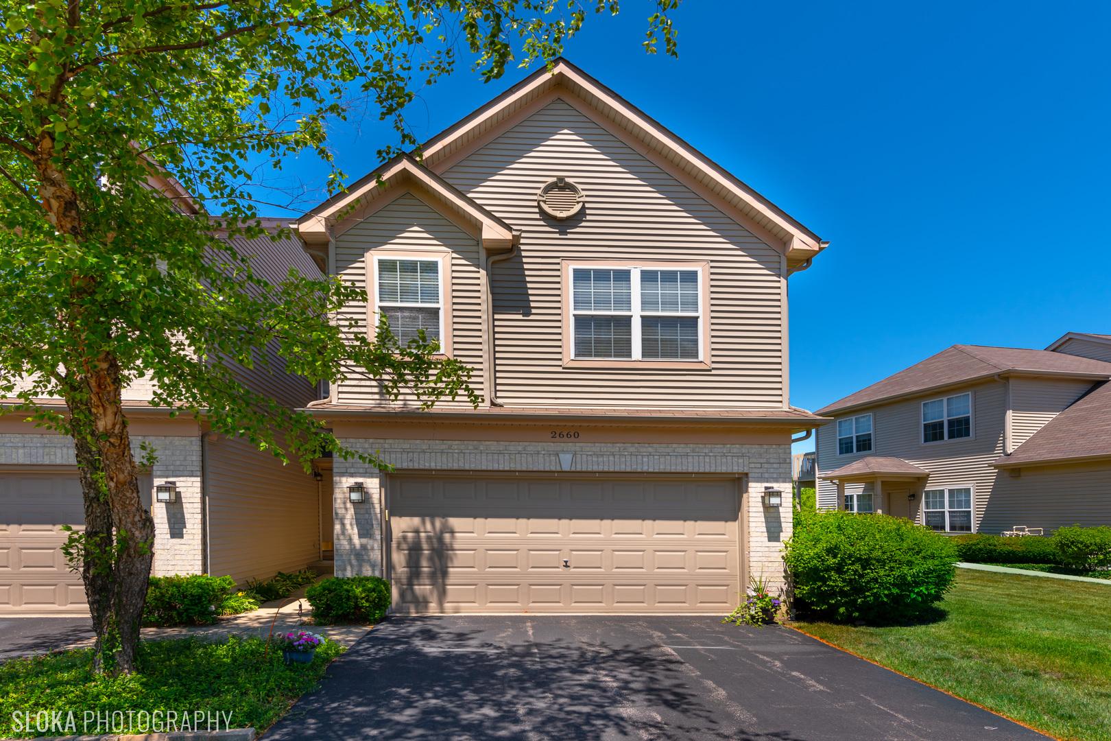 2660 Cobblestone Drive, Crystal Lake IL 60012