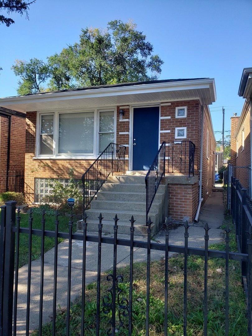 9918 S Torrence Avenue, Chicago IL 60617