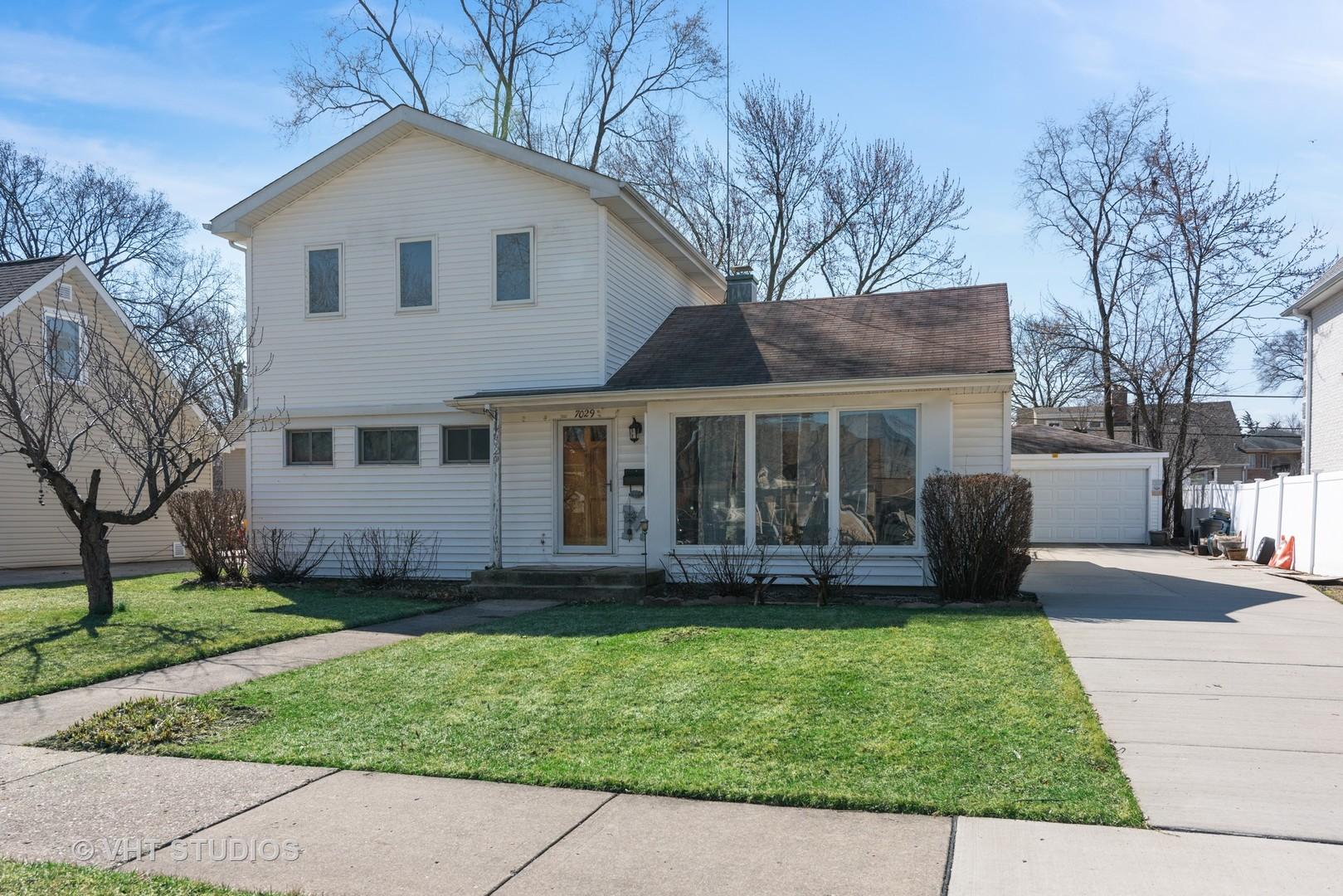 7029 Palma Lane, Morton Grove IL 60053
