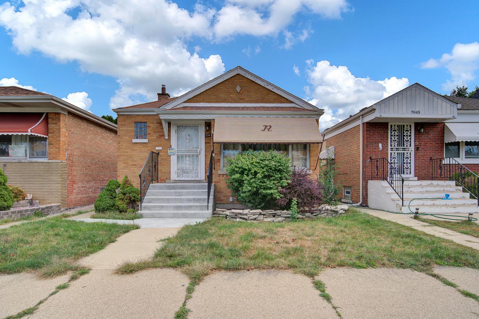 7943 S Francisco Avenue, Chicago IL 60652