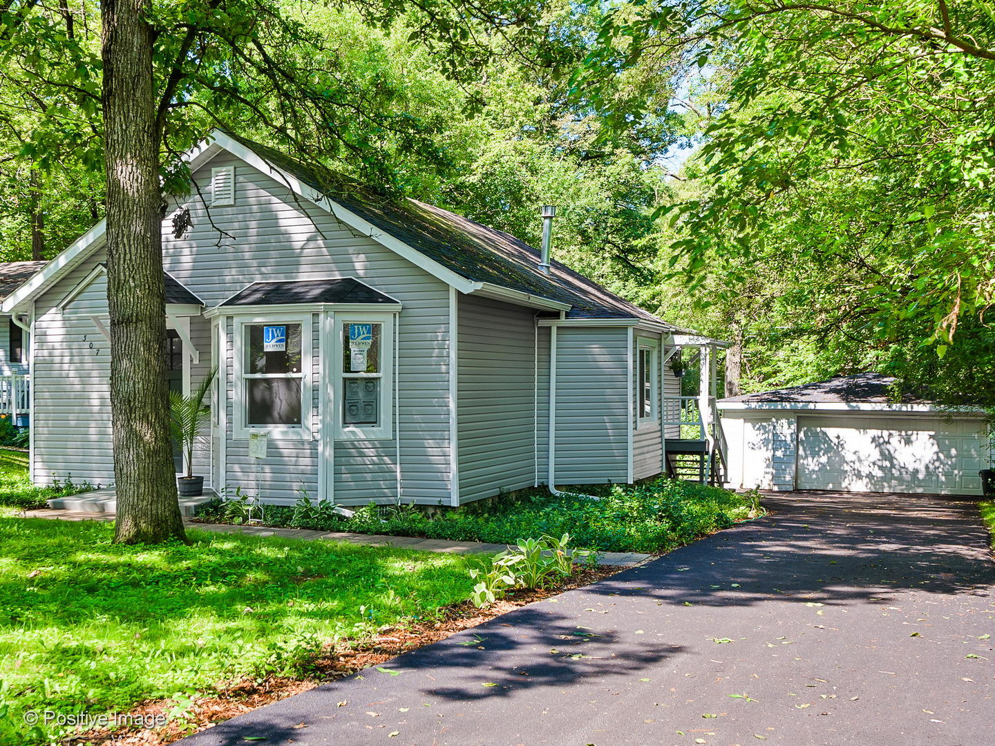 307 Wander Way, Lake In The Hills IL 60156