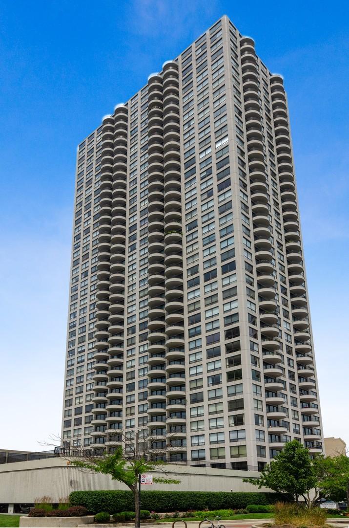 2020 N Lincoln Park West Unit 14C, Chicago IL 60614