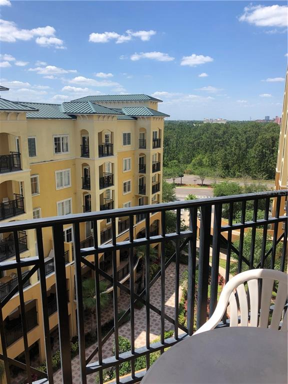 8101 RESORT VILLAGE DR #3702, Orlando FL 32821