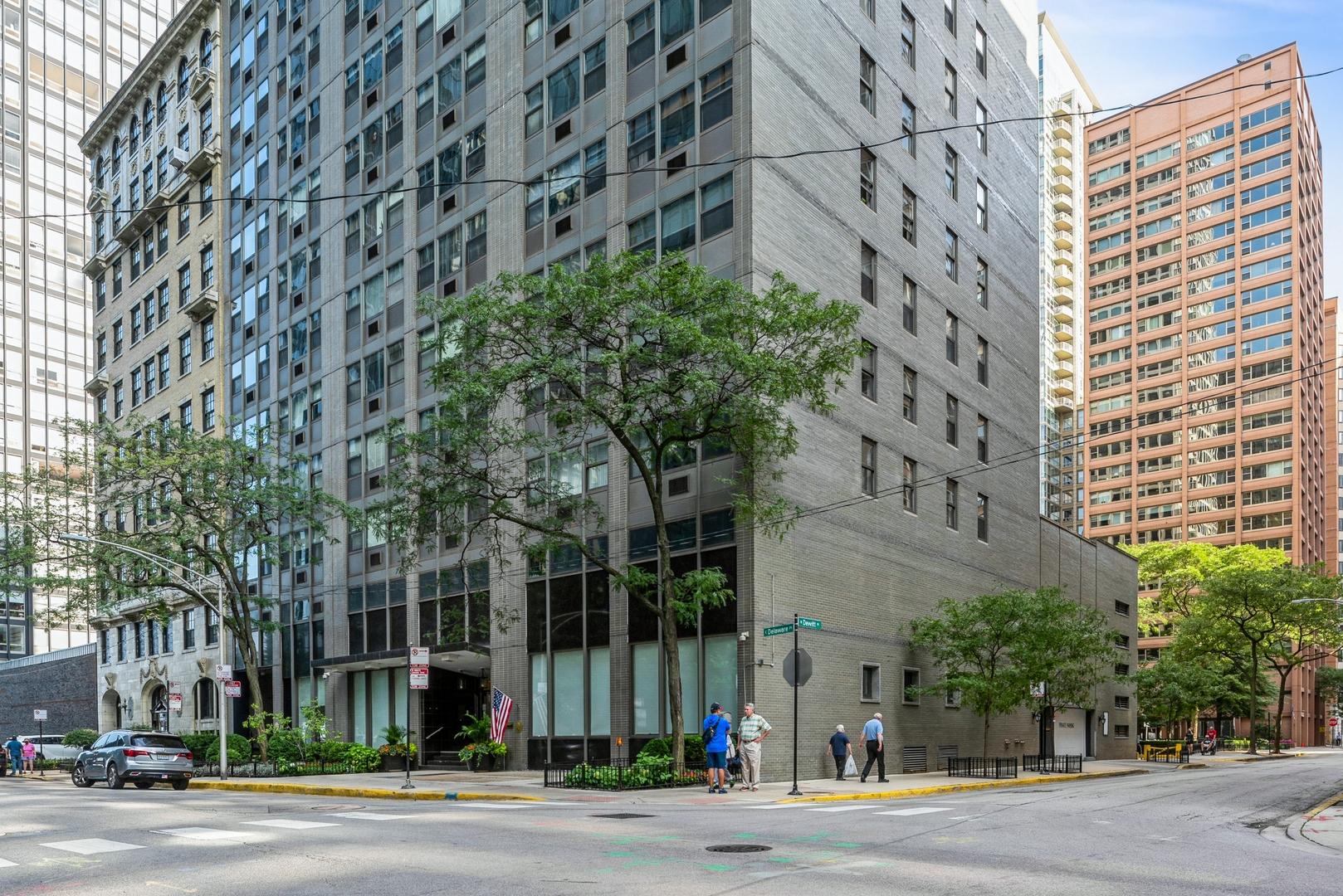 253 E Delaware Place Unit 5G, Chicago IL 60611