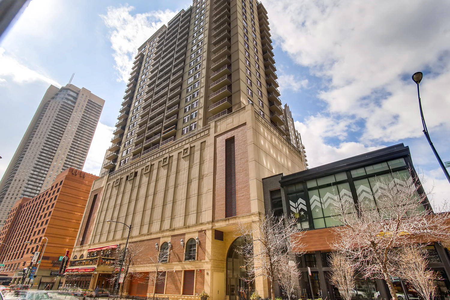 630 N State Street Unit 2401, Chicago IL 60654