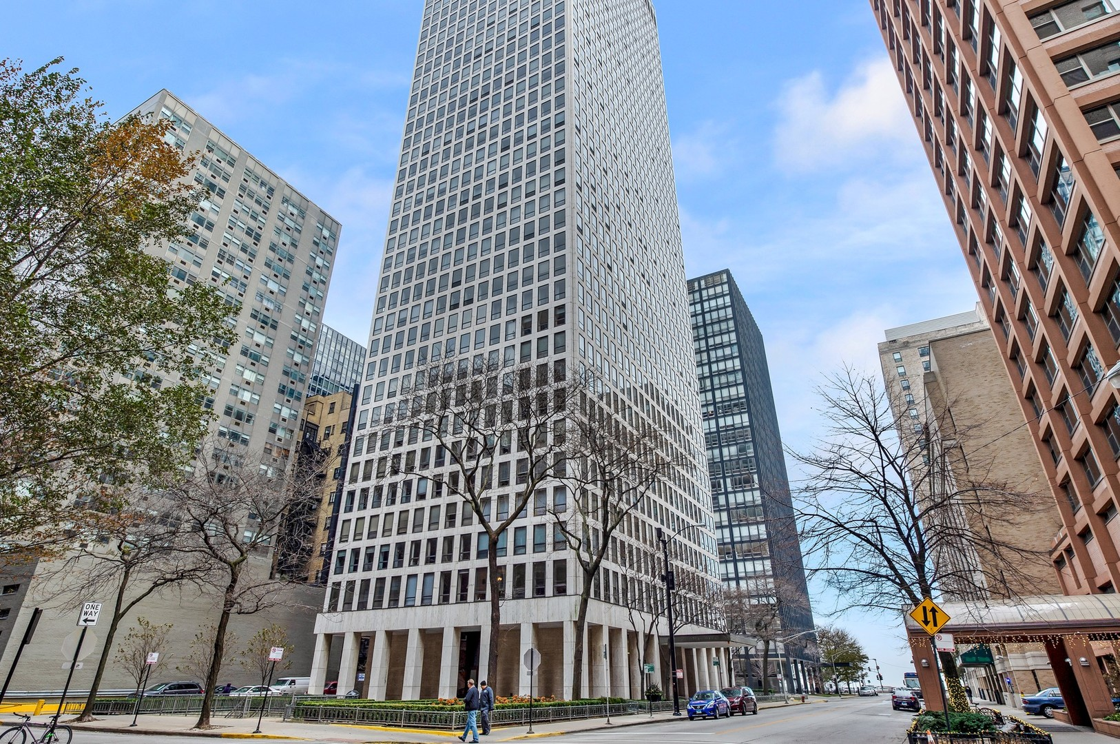 260 E Chestnut Street Unit 3405, Chicago IL 60611