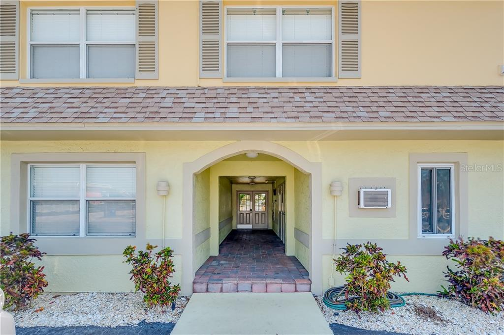600 71ST AVE #2, St Pete Beach FL 33706