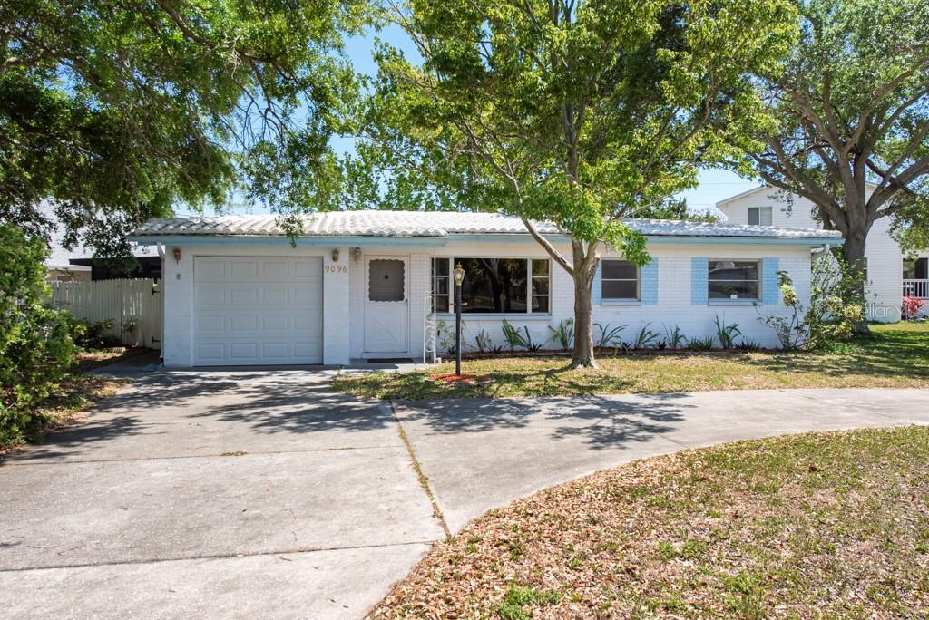 9096 76TH AVE, Seminole FL 33777