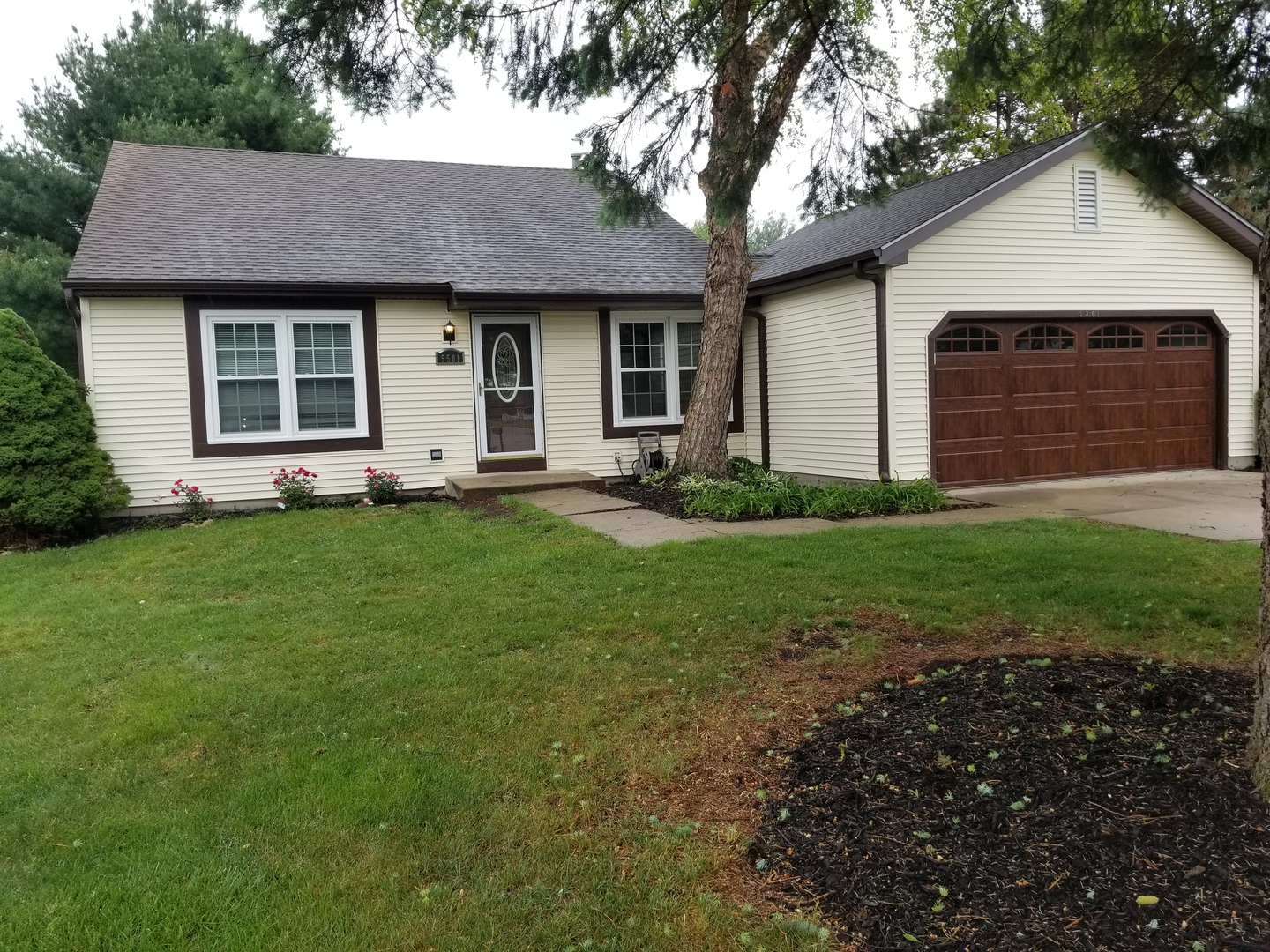 5501 W Creekside Court, Mchenry IL 60050