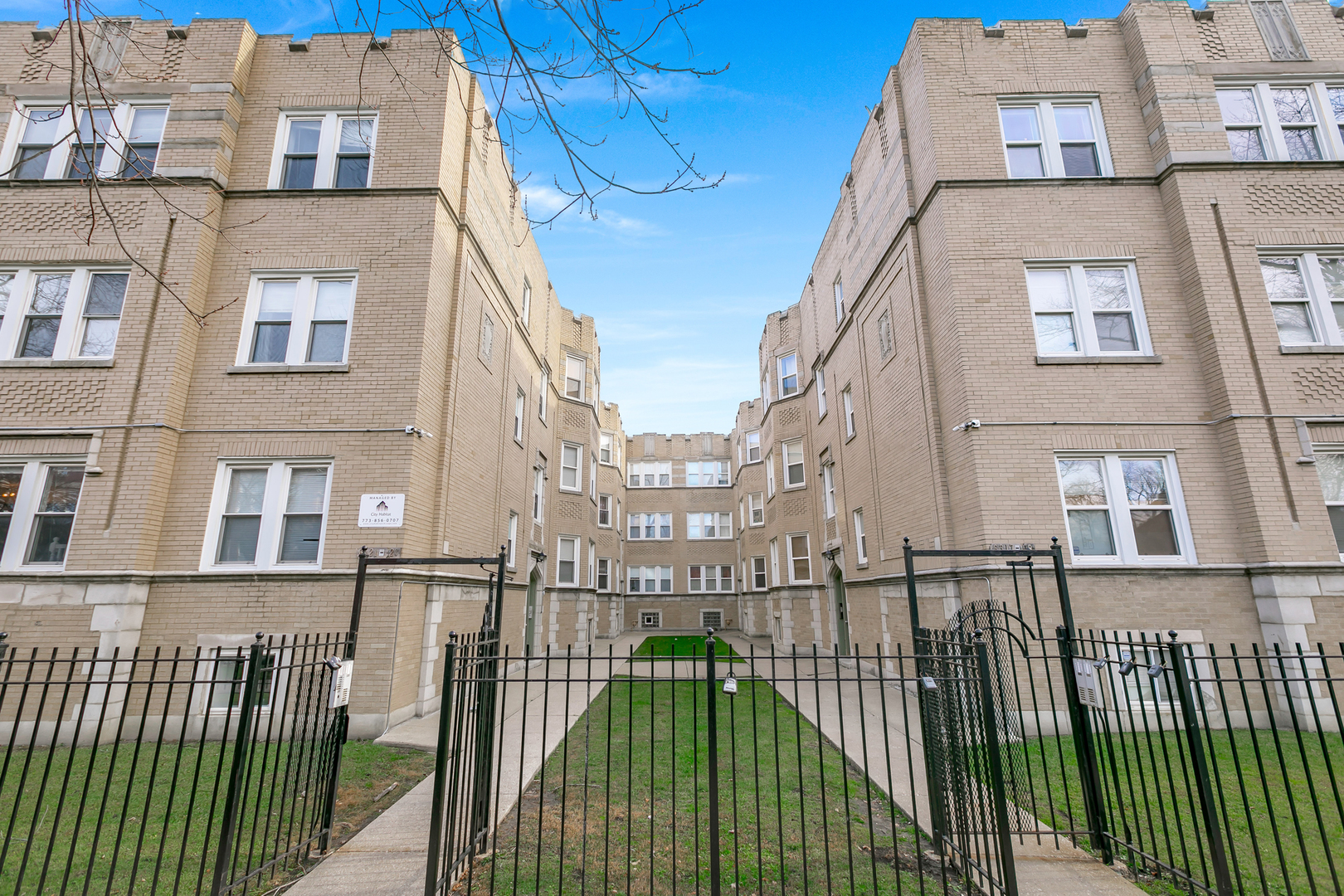 6323 N SACRAMENTO Avenue Unit 1W, Chicago IL 60659