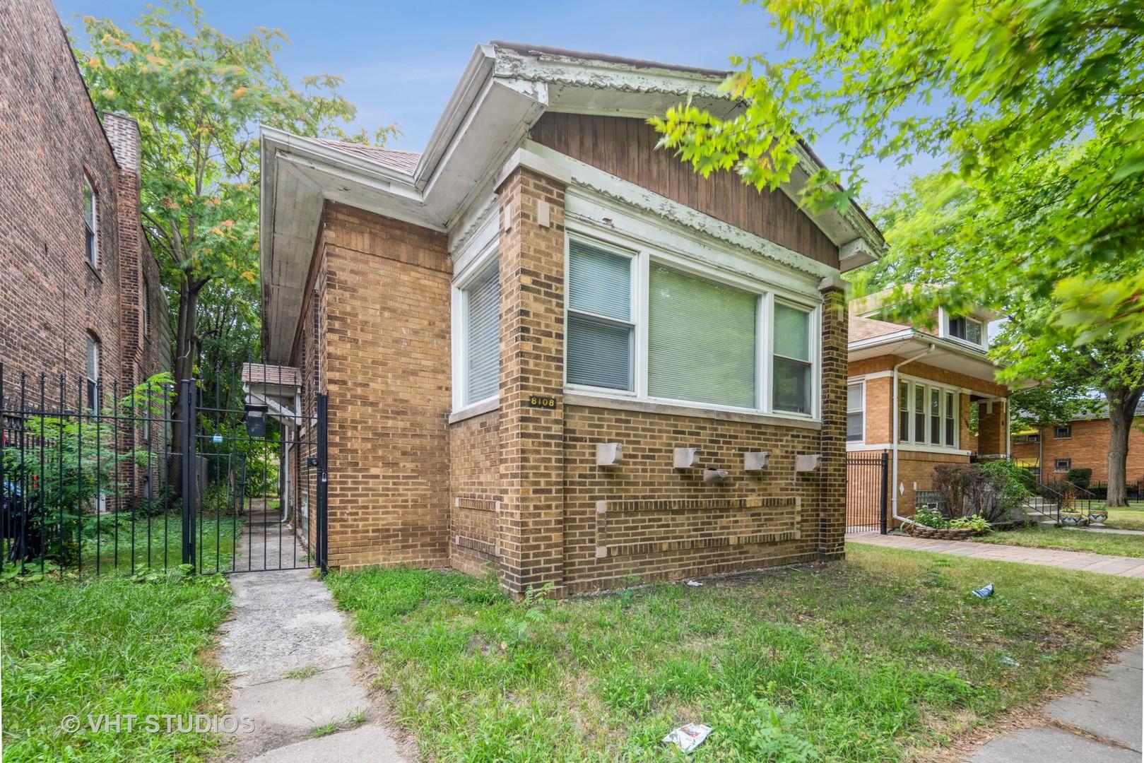 8108 S Manistee Avenue, Chicago IL 60617