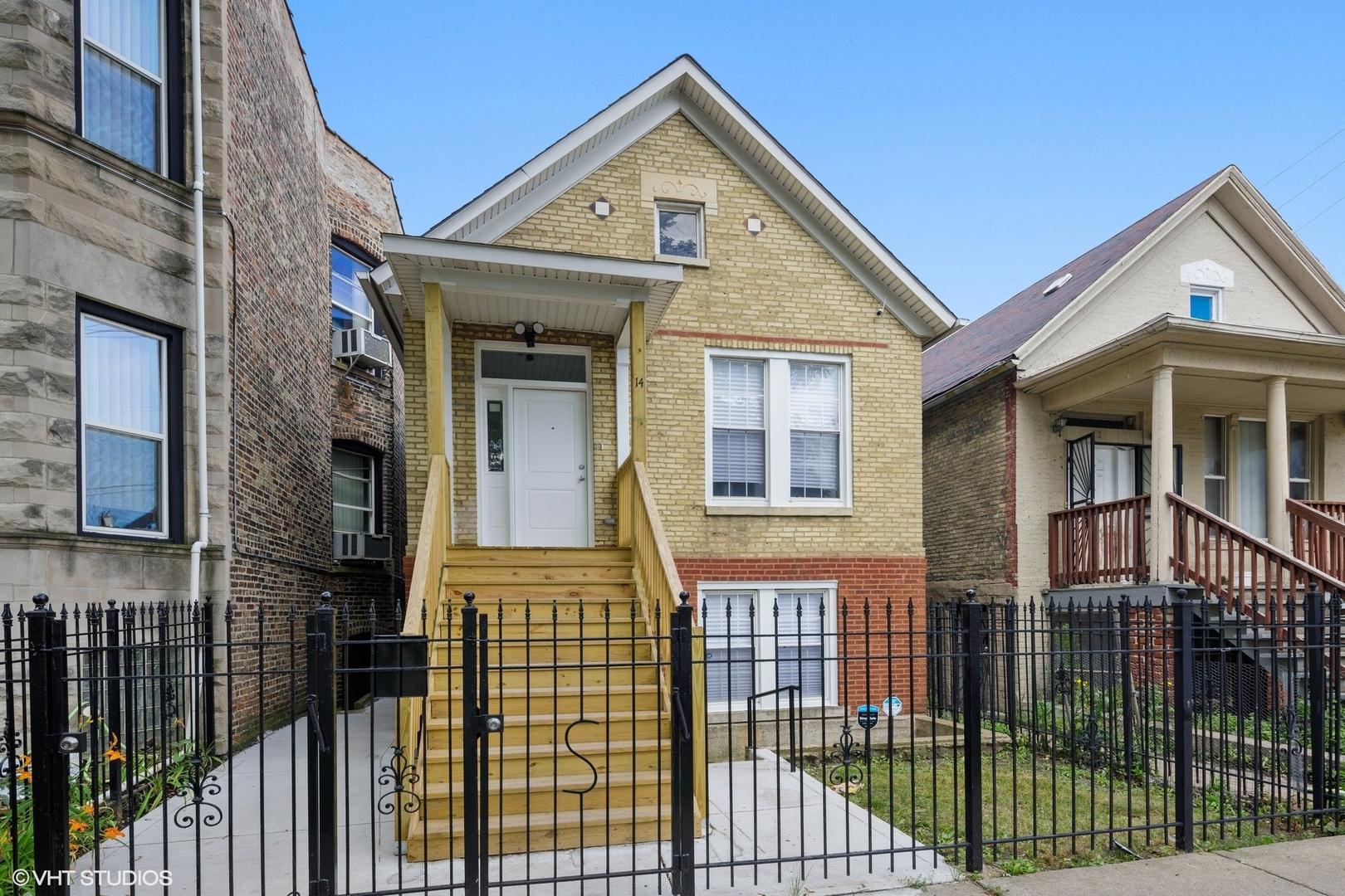 14 S Albany Avenue, Chicago IL 60612