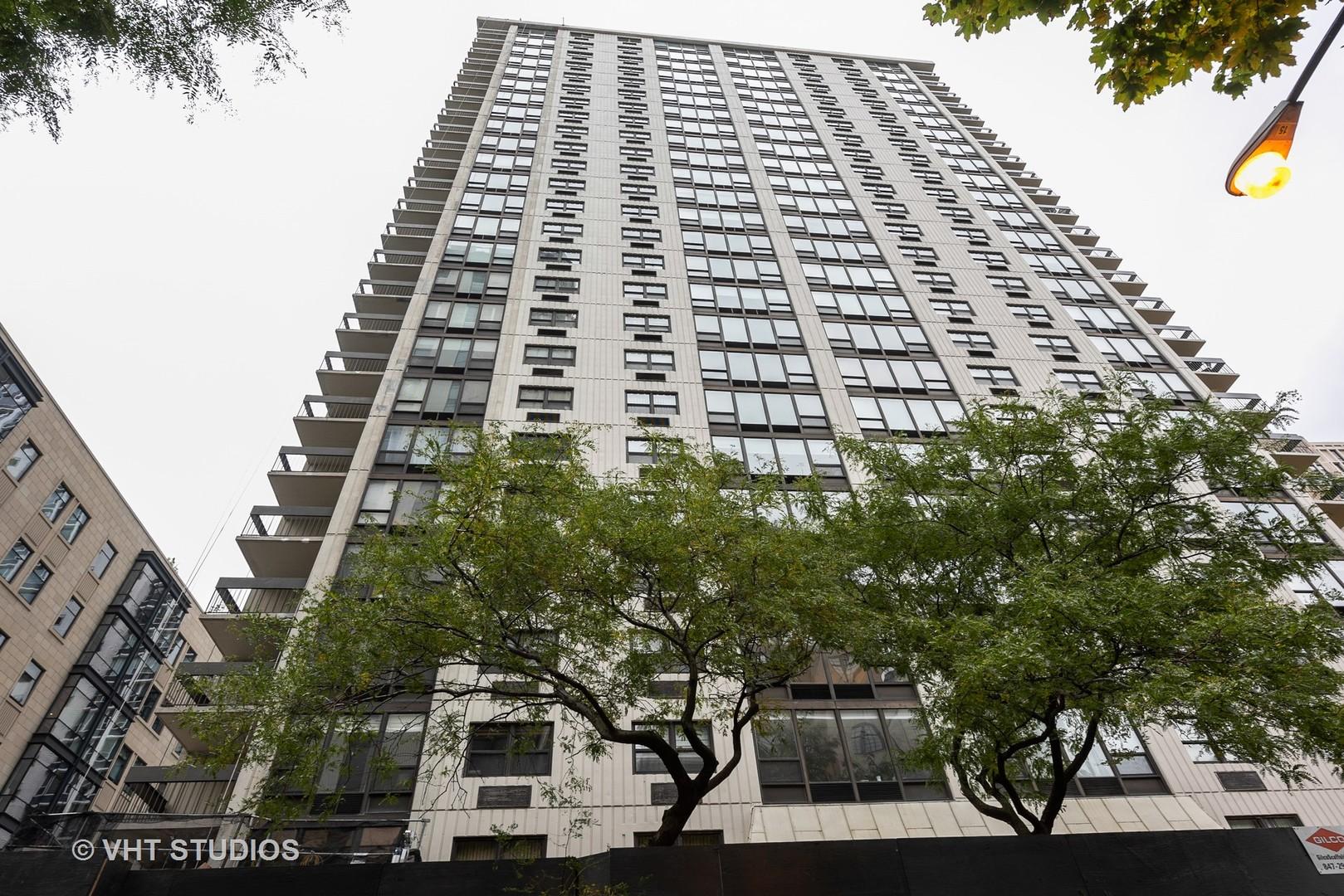 1313 N Ritchie Court Unit 2302, Chicago IL 60610