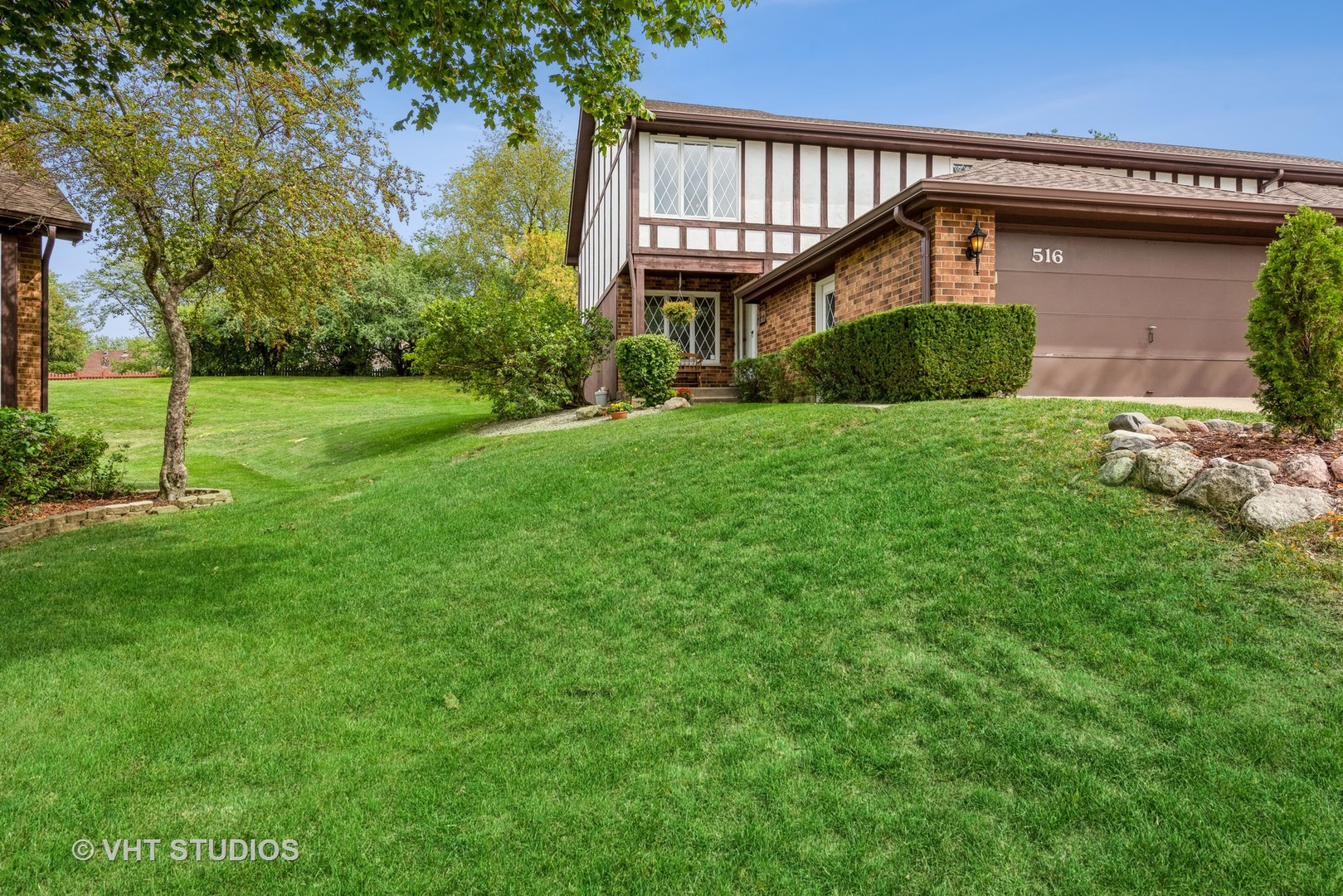 516 N Thornwood Drive, Mchenry IL 60050