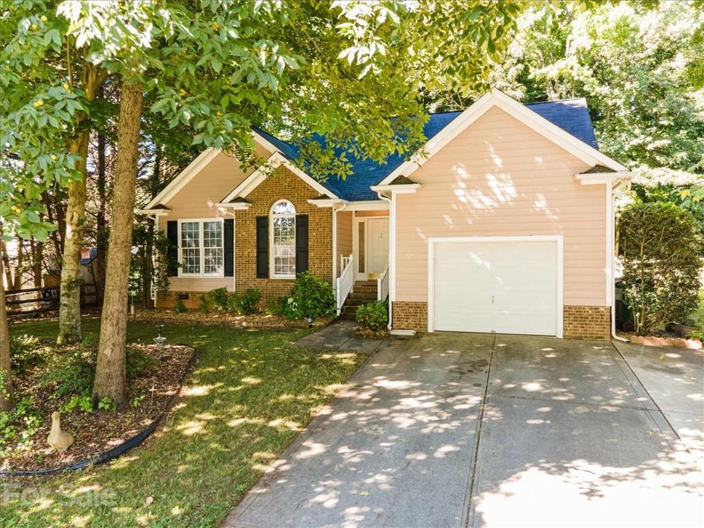 4409 Stonefield Drive, Charlotte NC 28269