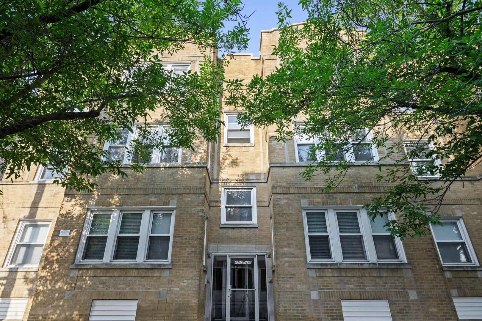 4748 N Washtenaw Avenue Unit 2, Chicago IL 60625