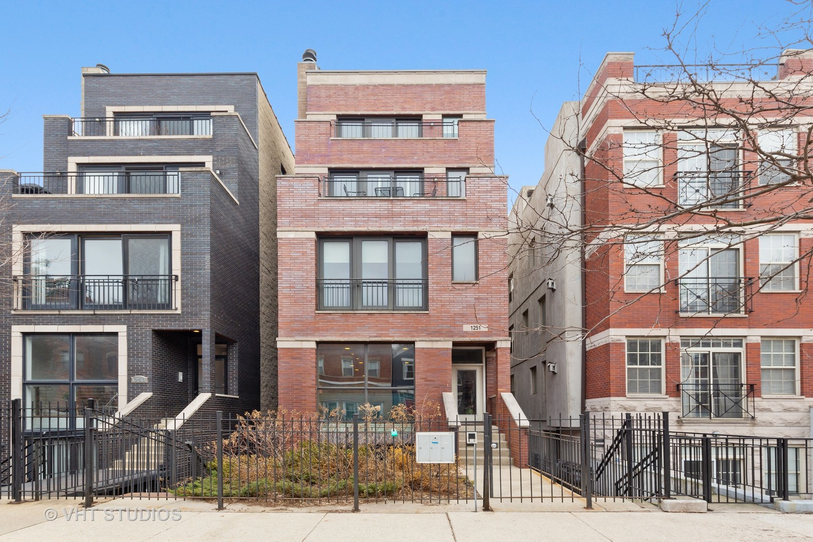 1251 N Bosworth Avenue Unit 1, Chicago IL 60642