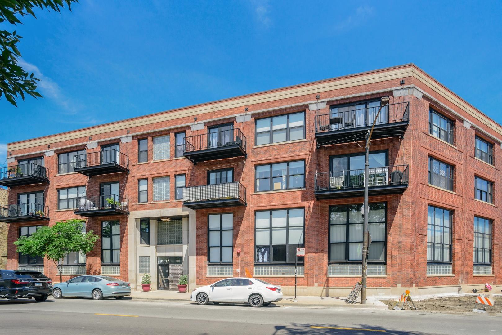 2161 N California Avenue Unit 206, Chicago IL 60647