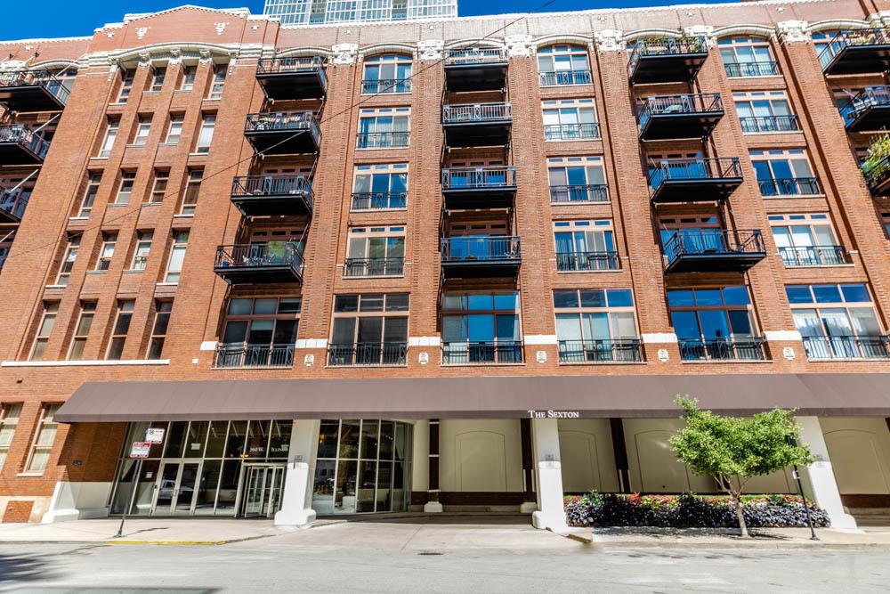 360 W ILLINOIS Street Unit 2D, Chicago IL 60610