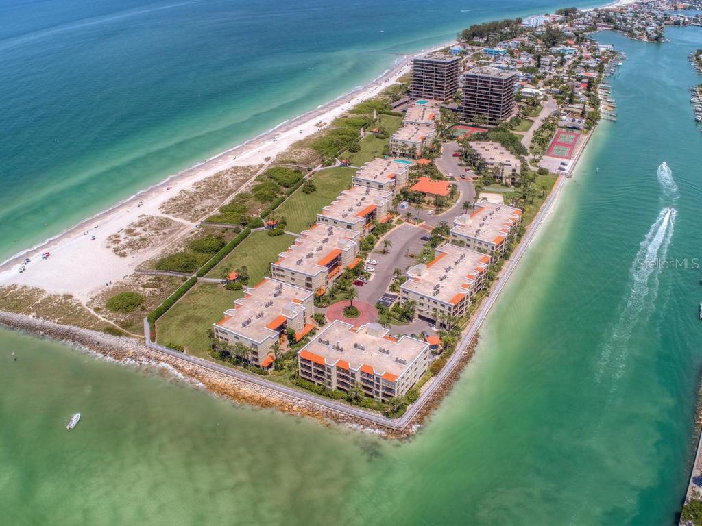 7435 BAYSHORE DR #406, Treasure Island FL 33706
