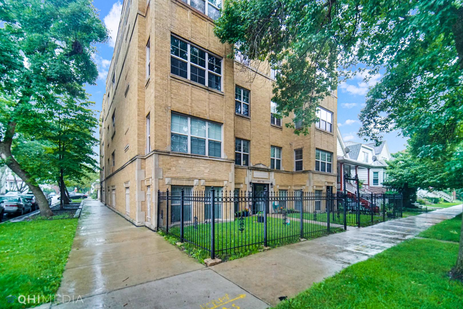 4055 N Central Park Avenue Unit 3, Chicago IL 60618