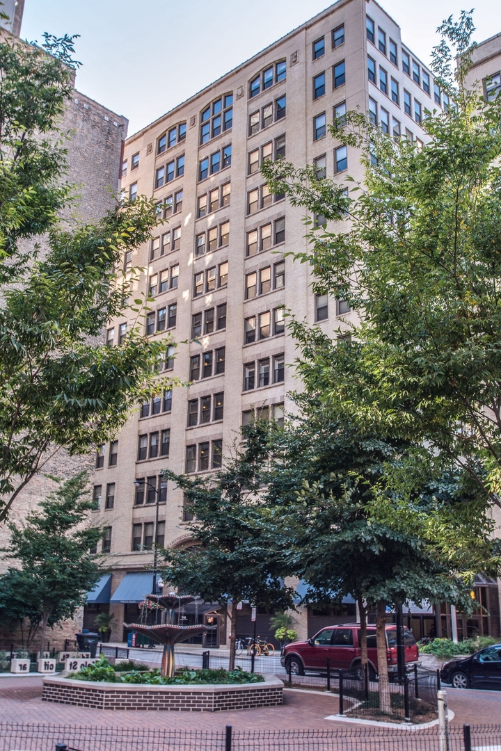 740 S Federal Street Unit 1008, Chicago IL 60605