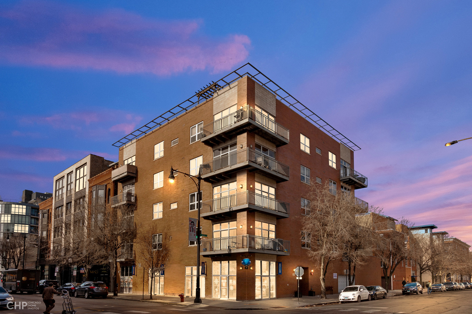 6 N May Street Unit 302, Chicago IL 60607