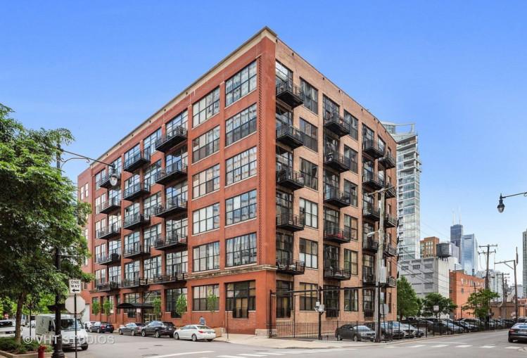525 W Superior Street Unit 122, Chicago IL 60654