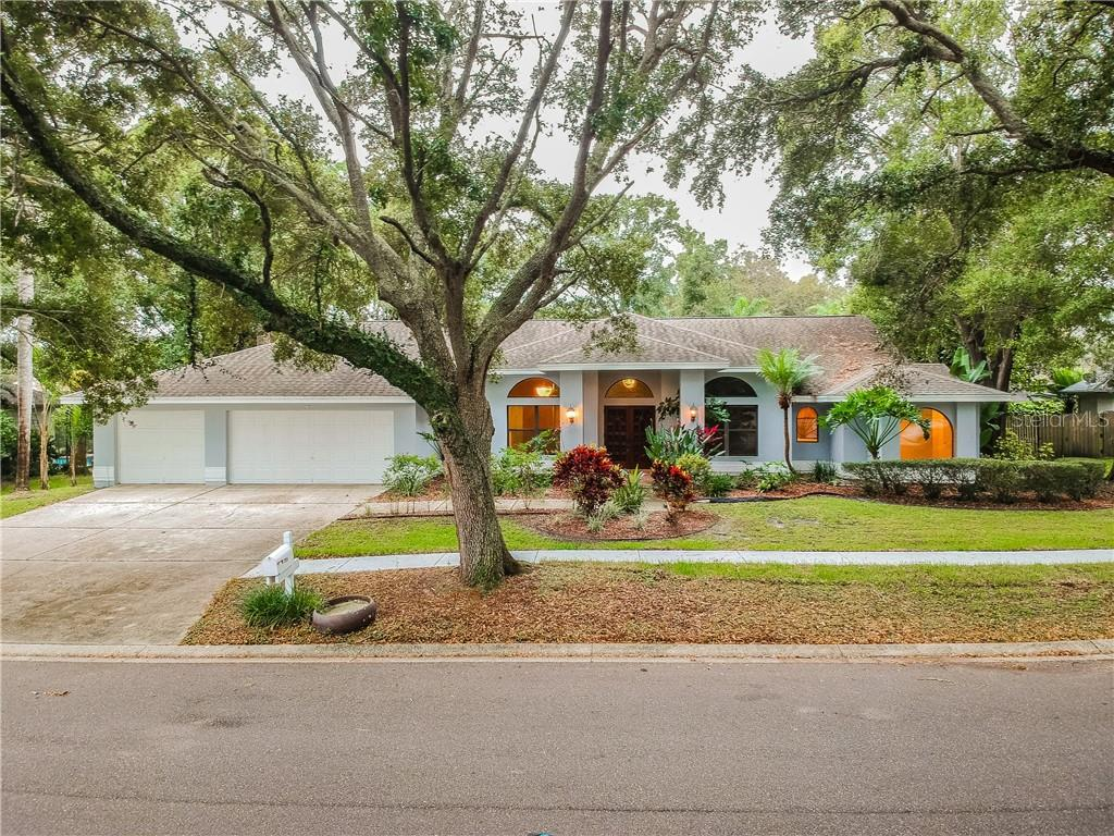 2939 CHANCERY LN, Clearwater FL 33759