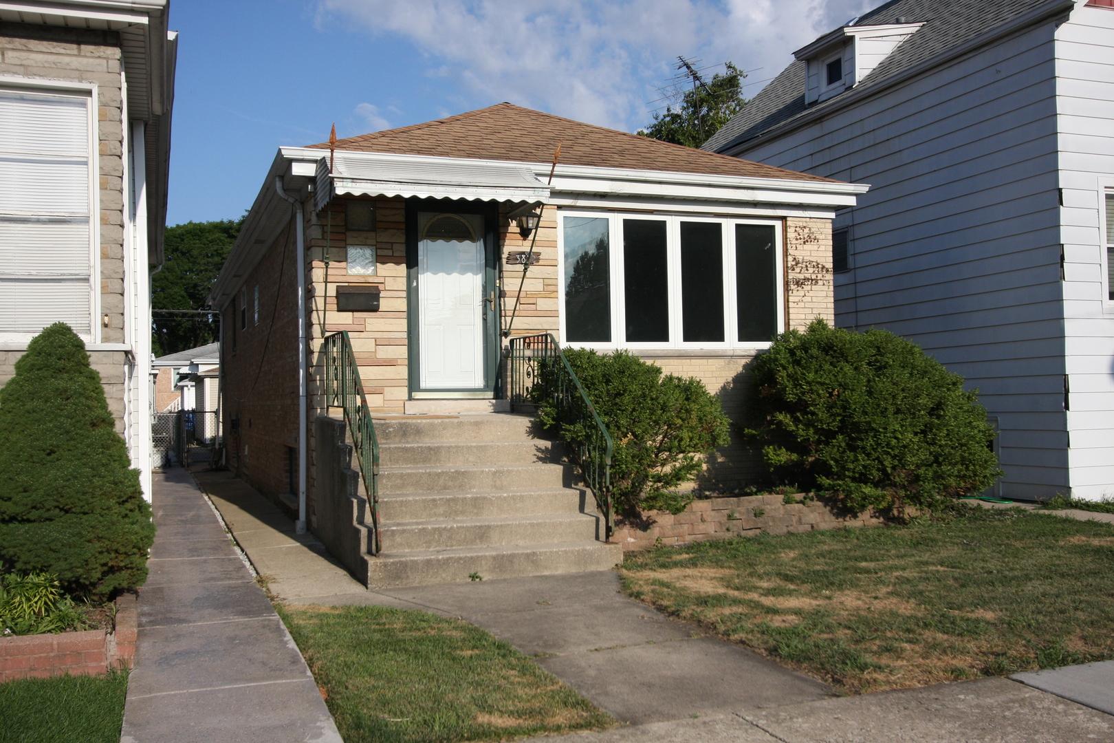 3812 N Sayre Avenue, Chicago IL 60634