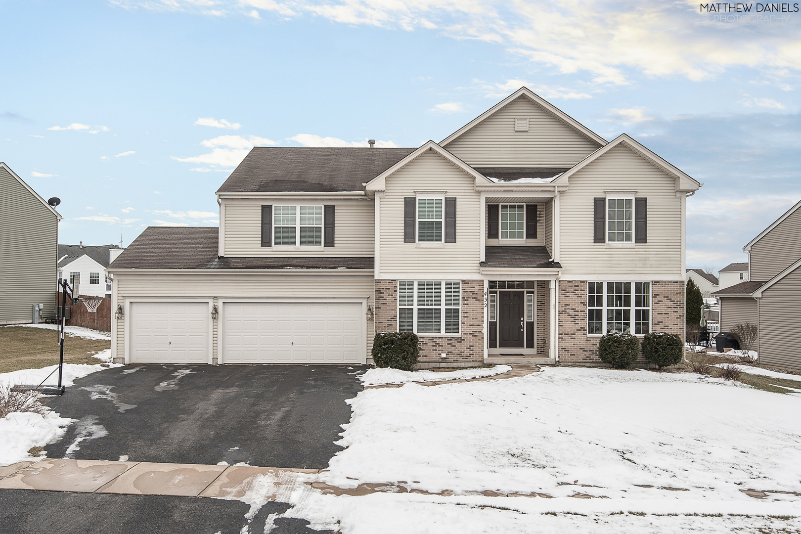 432 Windett Ridge Road, Yorkville IL 60560