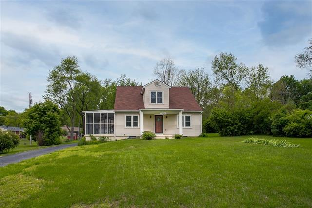 3706 S Phelps Road, Independence MO 64055