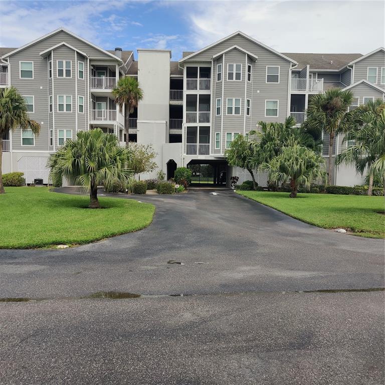 5727 BISCAYNE CT #305, New Port Richey FL 34652