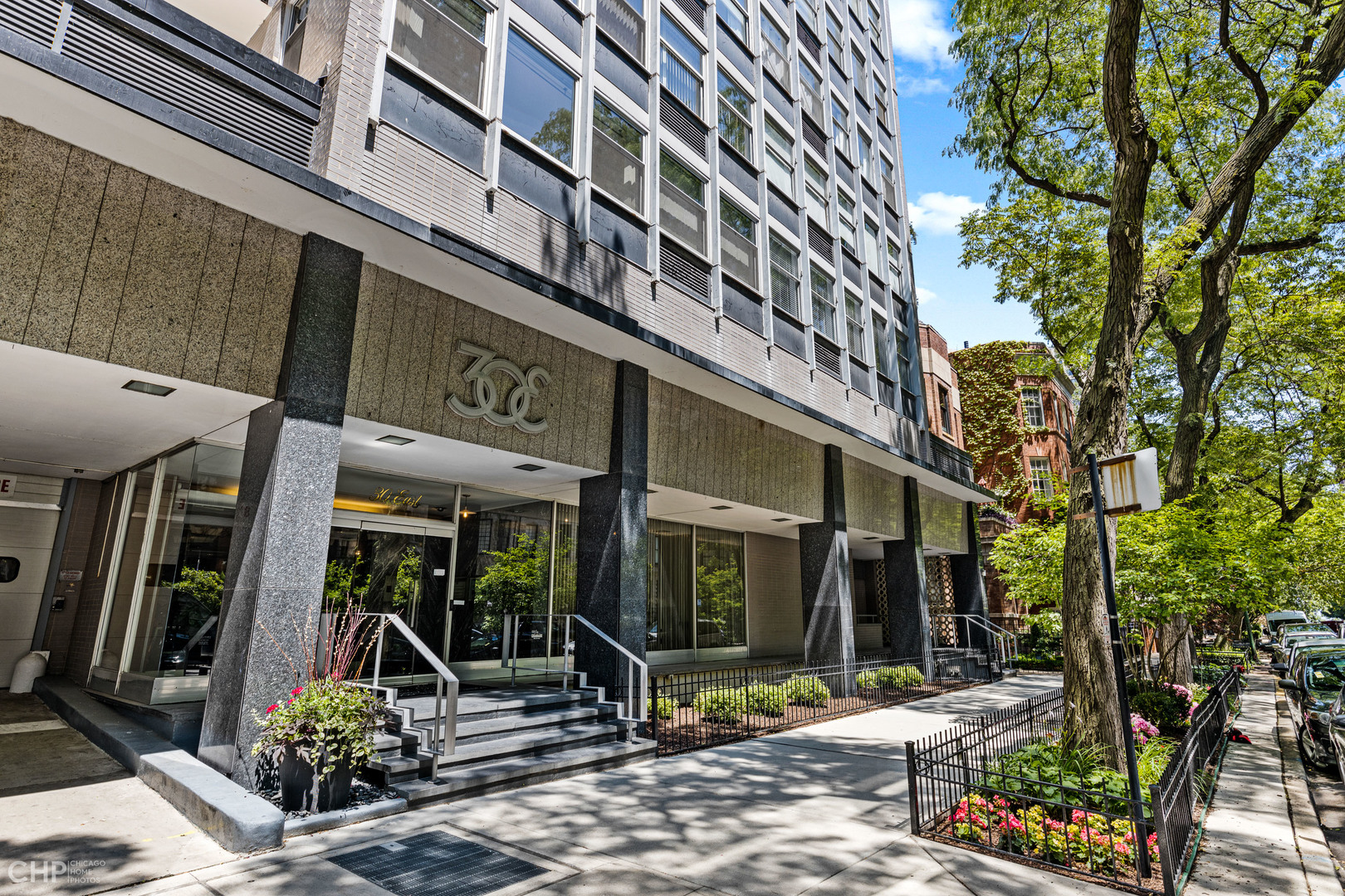 30 E Elm Street Unit 11A, Chicago IL 60610