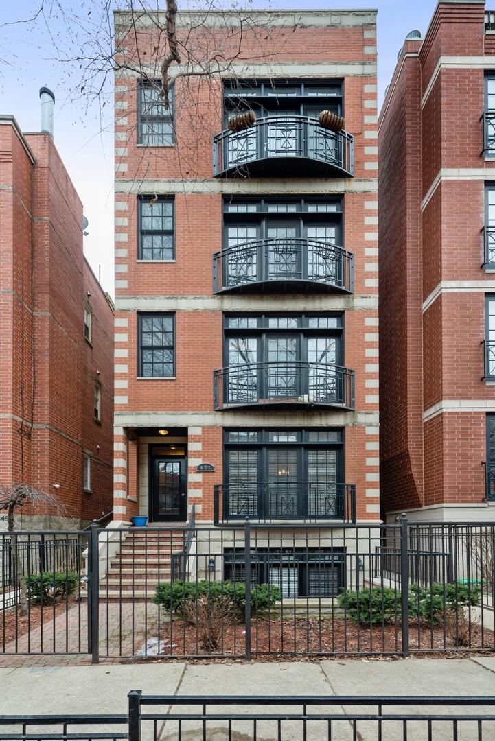 853 W Buckingham Place Unit 1, Chicago IL 60657