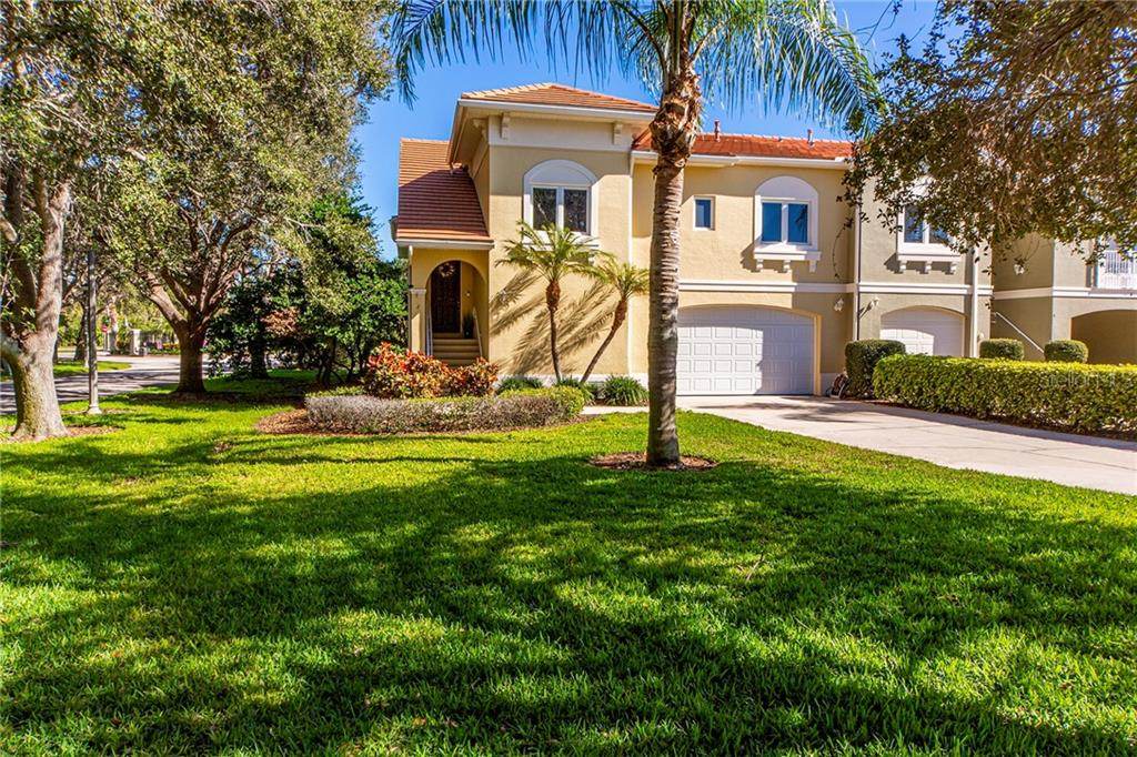 2 LINCOLN AVE S, St Petersburg FL 33711