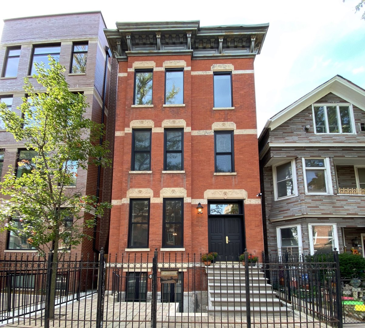 1932 N Sedgwick Street, Chicago IL 60614