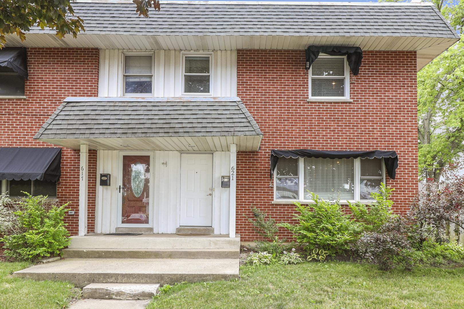 621 Longfellow Avenue, Deerfield IL 60015