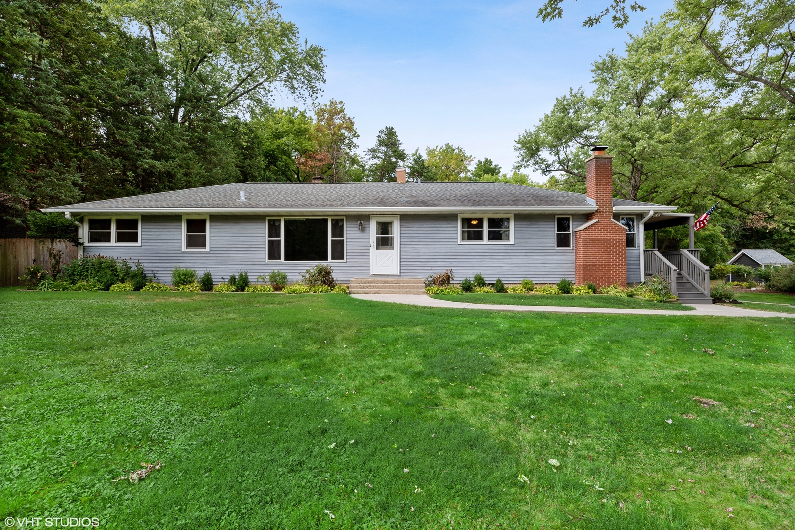 310 View Street, Crystal Lake IL 60014
