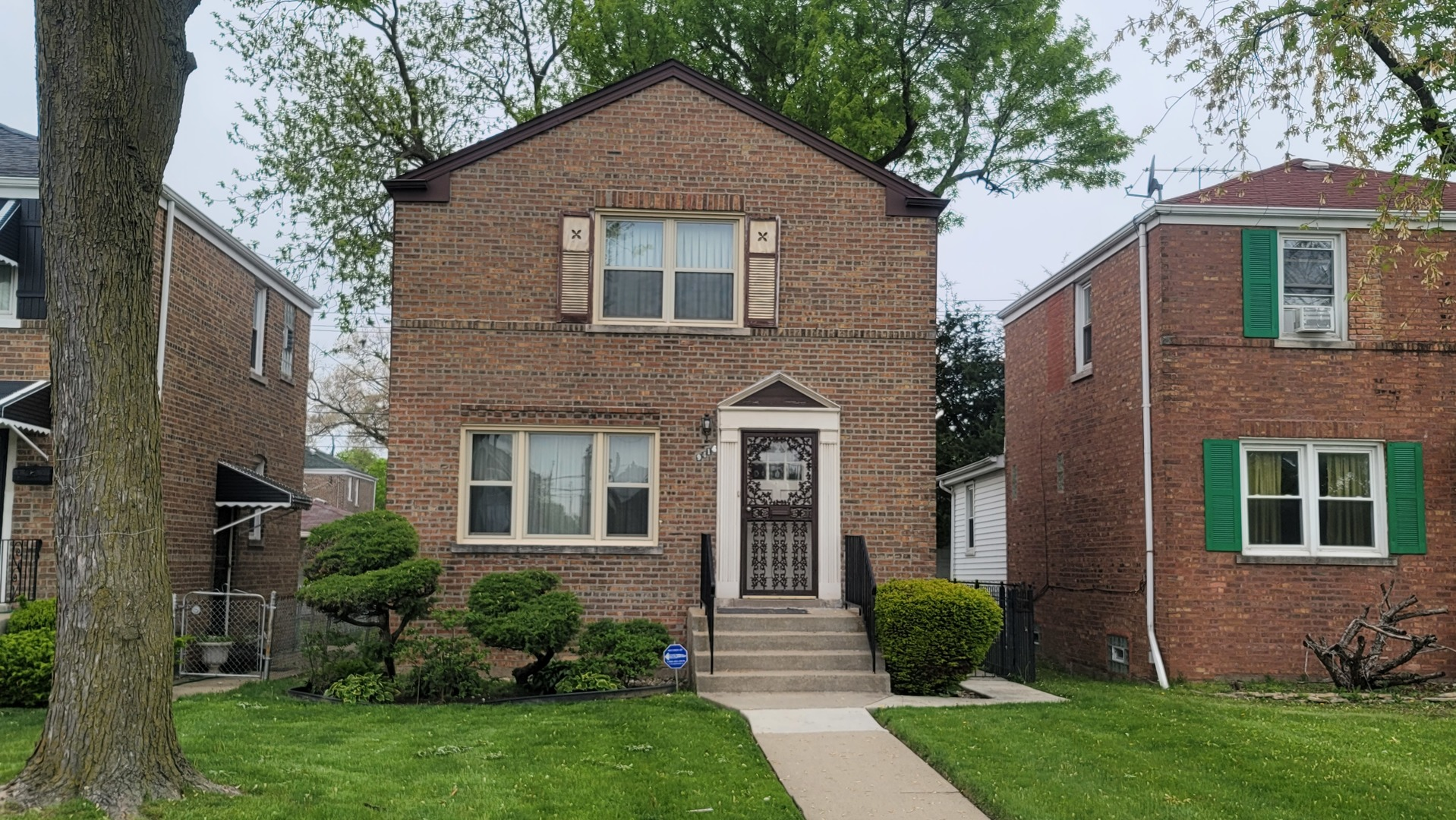 9414 S Green Street, Chicago IL 60620