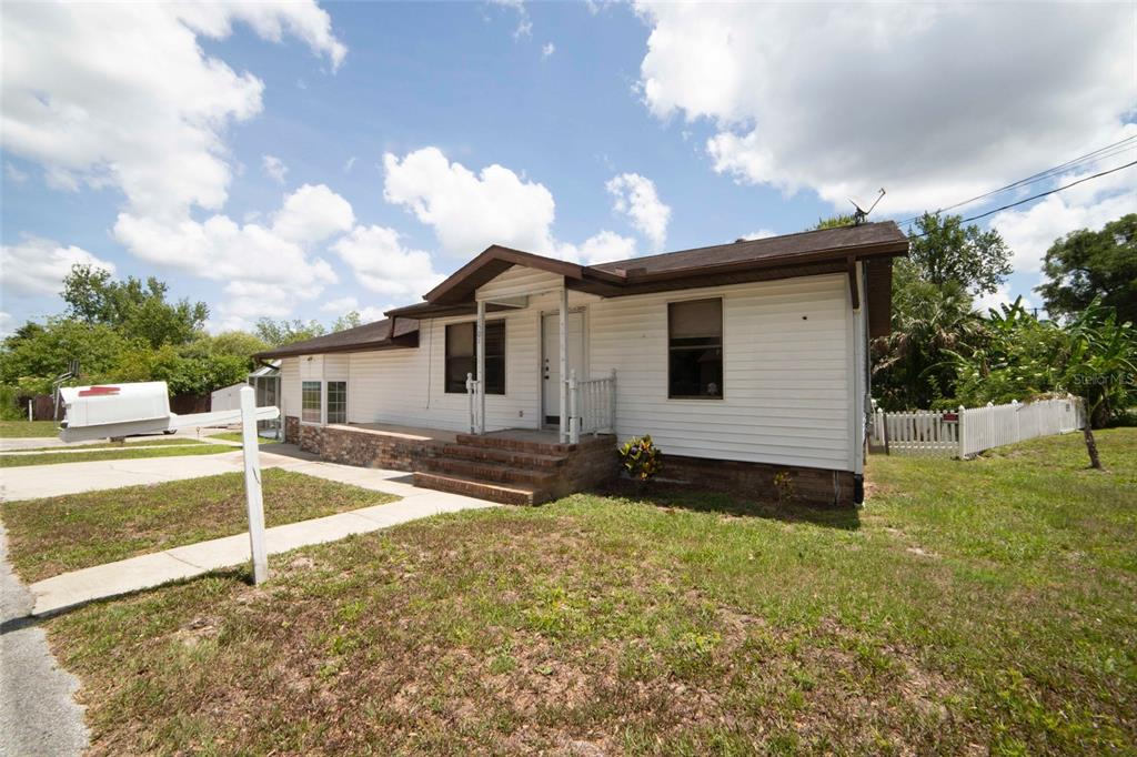 1501 N CLEARVIEW AVE, Deland FL 32724