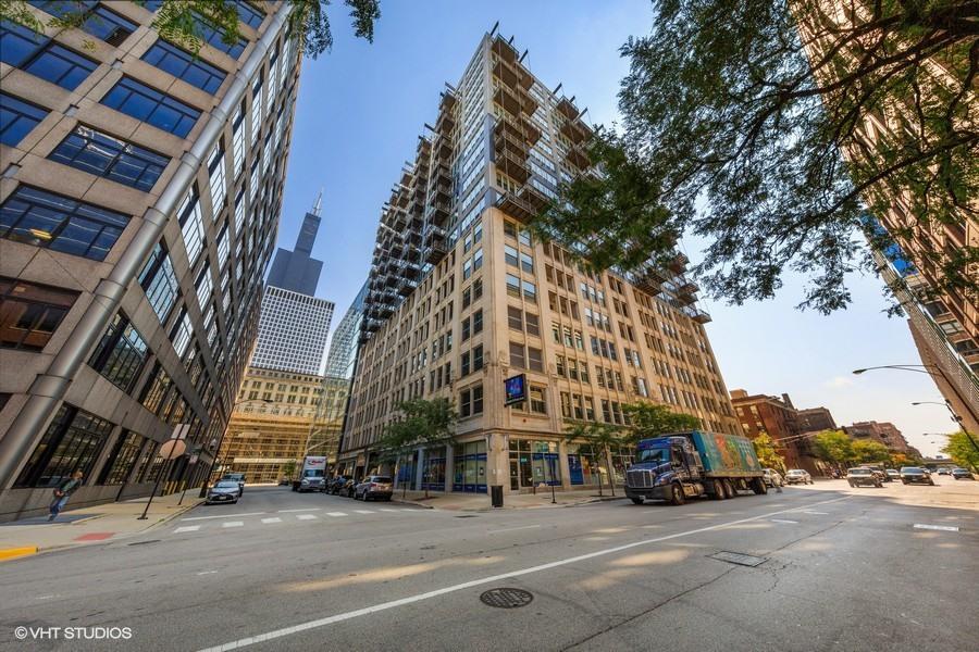 565 W Quincy Street Unit 801, Chicago IL 60661