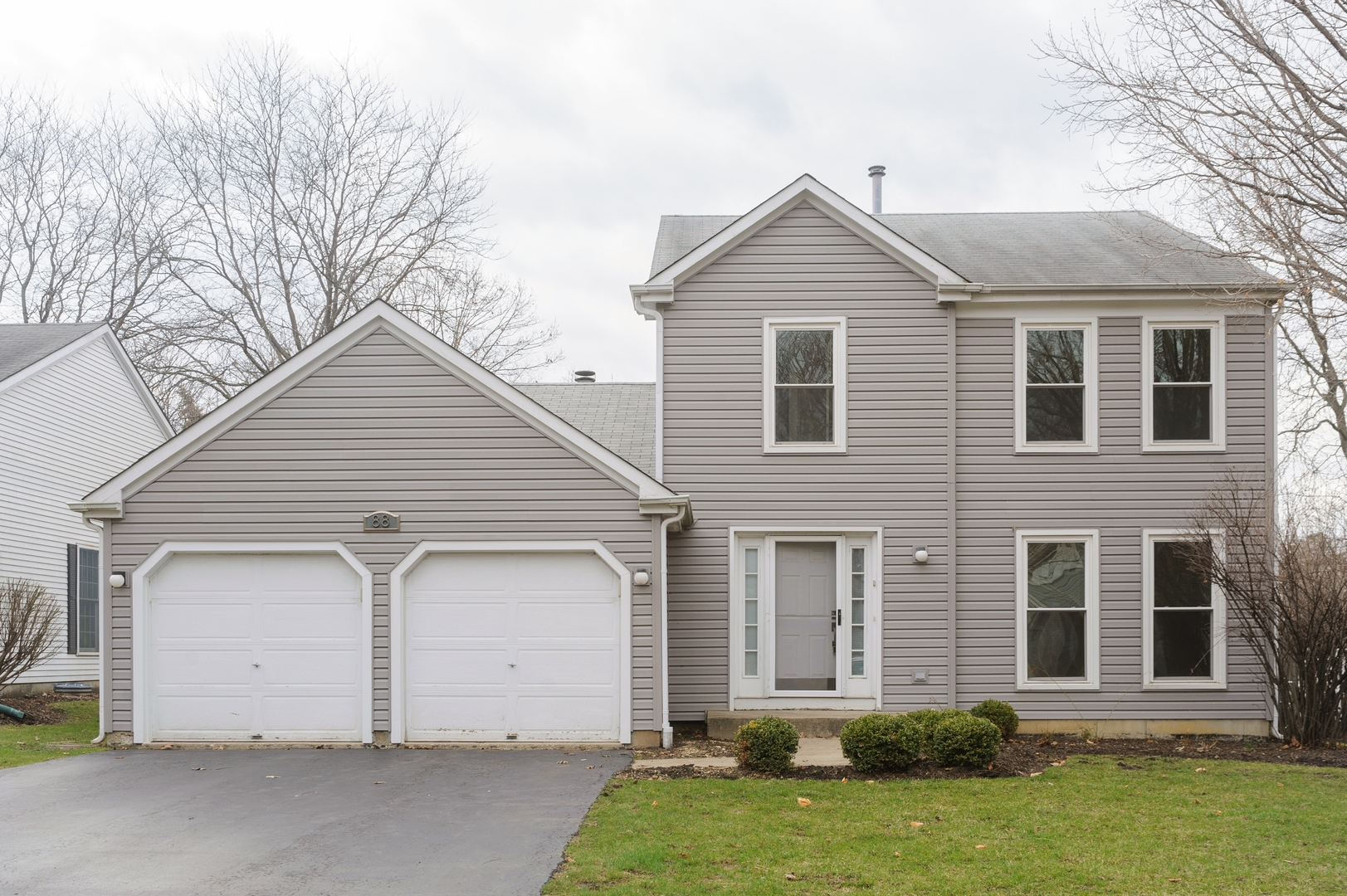 88 N Sterling Heights Road, Vernon Hills IL 60061