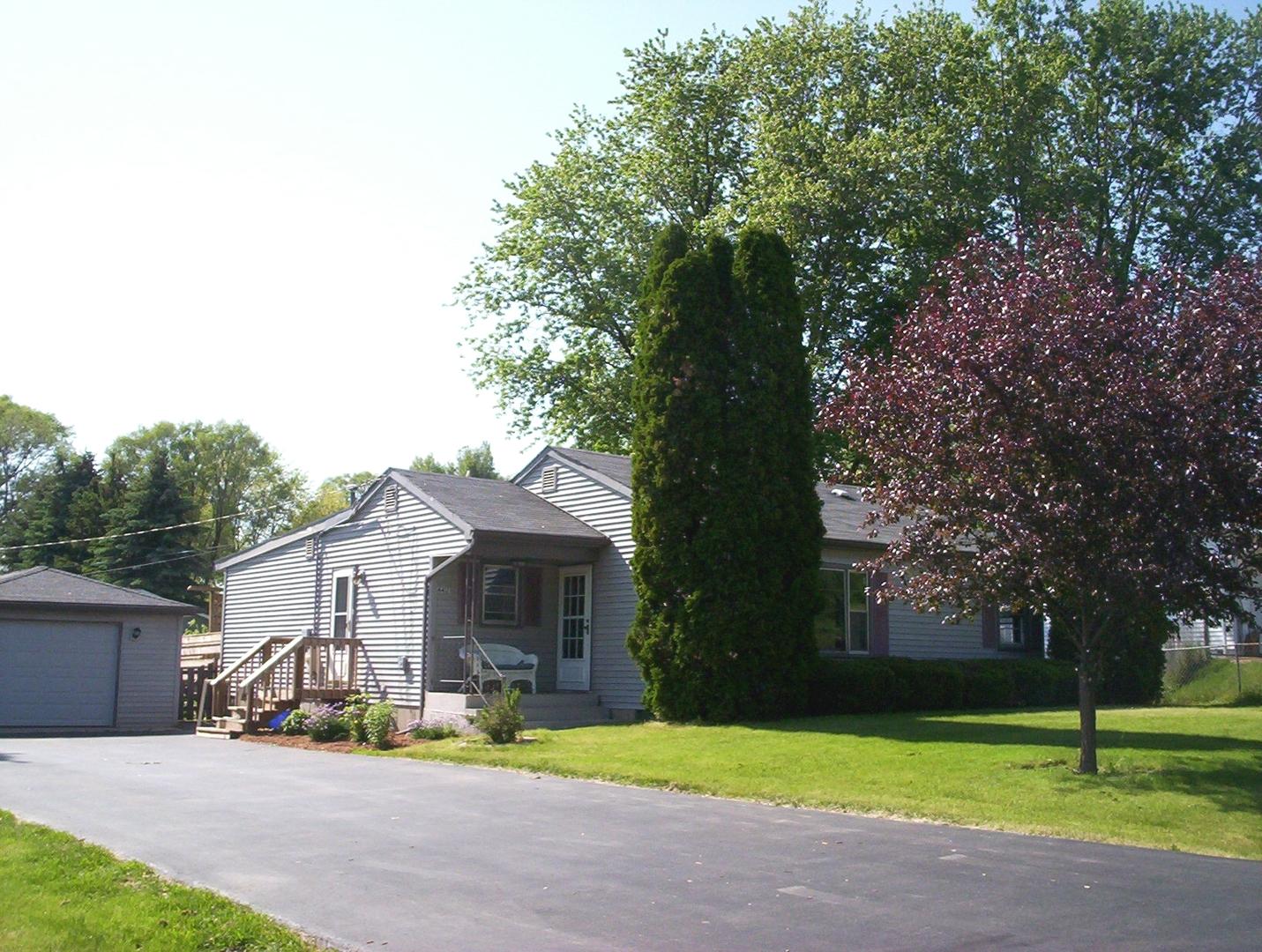 4417 Poplarleaf Drive, Mchenry IL 60050
